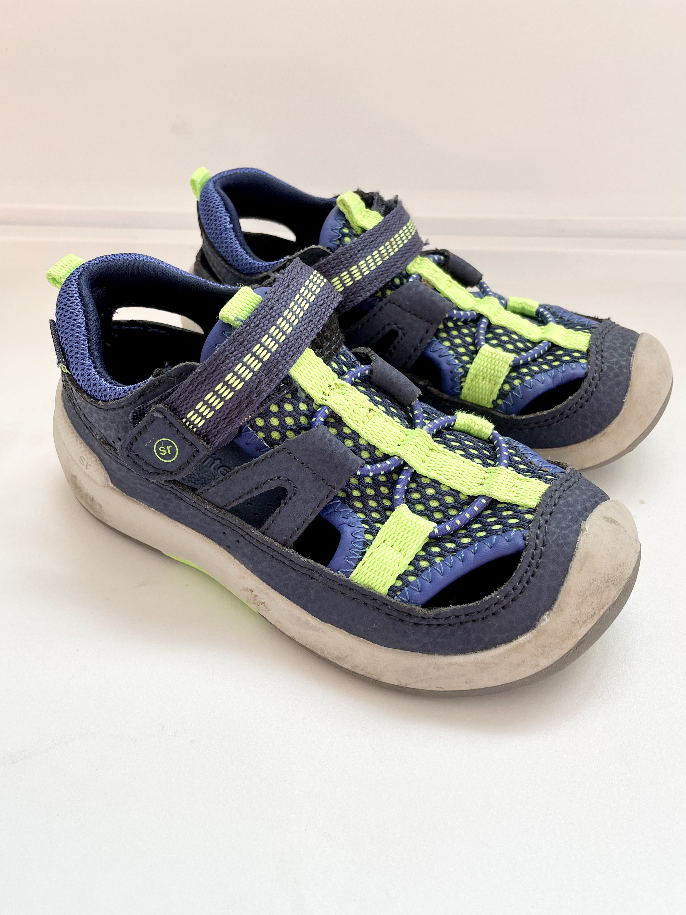 Stride Rite 8 Shoes