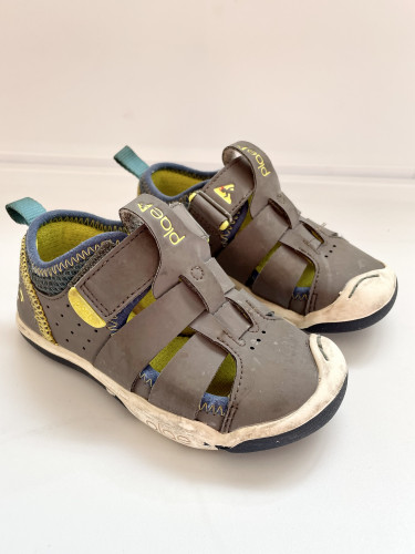 Plae 8 Shoes