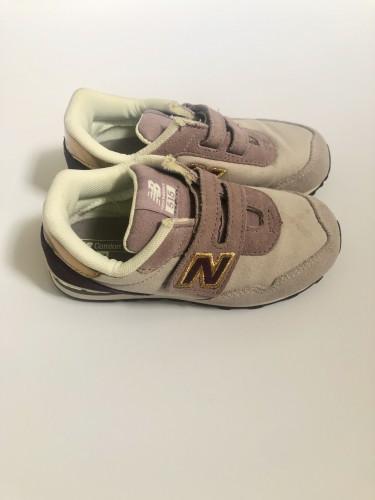 New Balance 10/10 Shoes